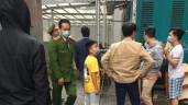 Bé gái 3 tuổi rơi từ tầng 12A chung cư Nguyễn Huy Tưởng, nam thanh niên nhanh tay đỡ được