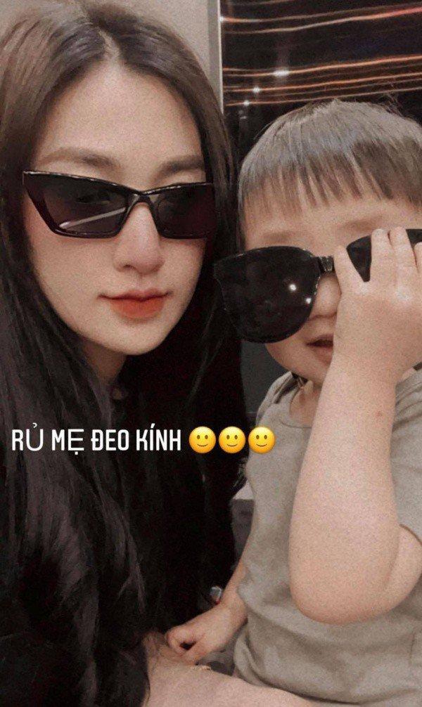 Cậu ấm cô chiêu của sao Việt ăn diện sang chảnh, xịn nhất là con Lan Khuê - 7