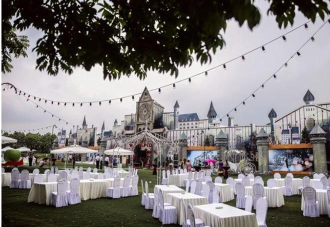 Cô dâu trong đám cưới 10 tỷ, có ca sĩ Lệ Quyên tham gia biểu diễn giờ ra sao? - 1