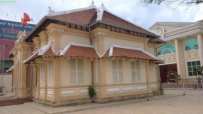 Căn nhà của thiếu gia Việt ăn chơi bậc nhất trời Nam một thời - 8