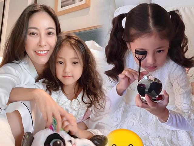 Con gái Hà Kiều Anh mày mò makeup, lộ đặc điểm hưởng gen mỹ nhân của mẹ Hoa hậu