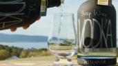 Loại vodka ngon nhất thế giới được làm từ váng sữa cừu
