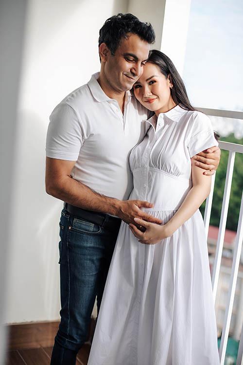 Mỹ nhân Việt mang bầu được chồng cưng chiều như bà hoàng, chuẩn là amp;#34;nócamp;#34; nhà - 18