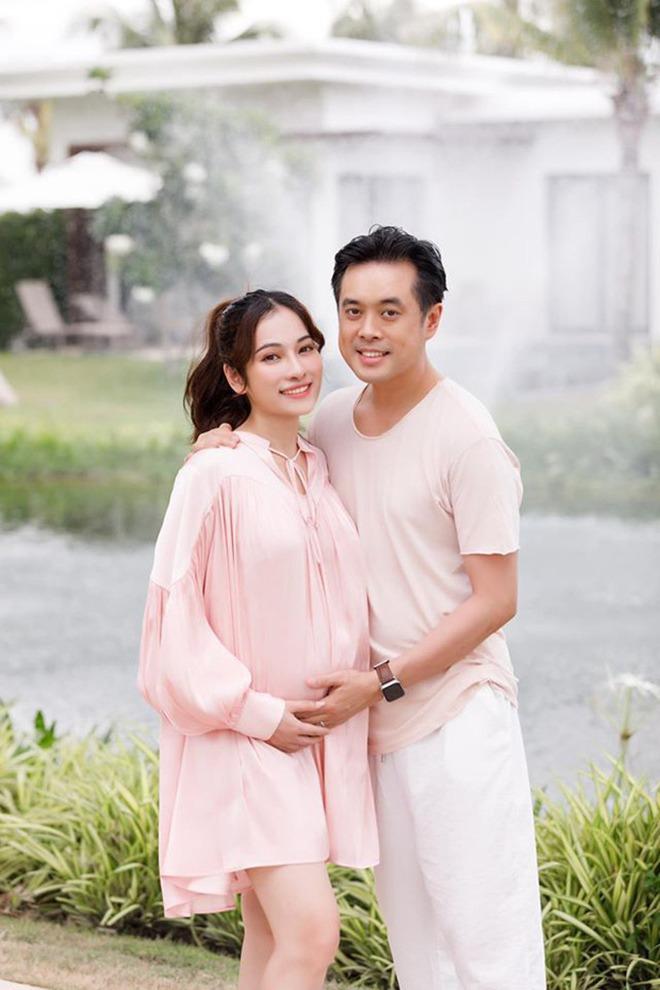 Mỹ nhân Việt mang bầu được chồng cưng chiều như bà hoàng, chuẩn là amp;#34;nócamp;#34; nhà - 8