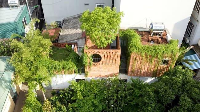 amp;#34;Thích mêamp;#34; căn nhà gạch mộc mạc, có vườn cây xanh mát giữa Hà Nội xô bồ - 4