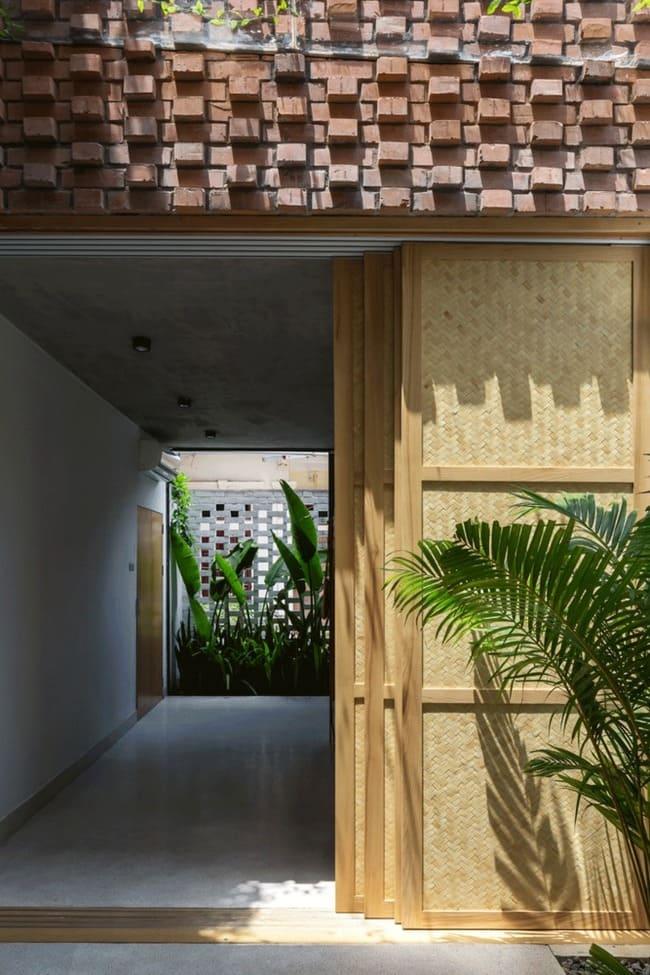 amp;#34;Thích mêamp;#34; căn nhà gạch mộc mạc, có vườn cây xanh mát giữa Hà Nội xô bồ - 17