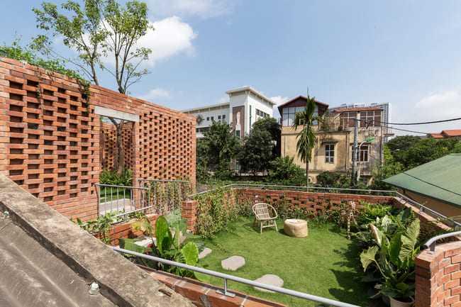 amp;#34;Thích mêamp;#34; căn nhà gạch mộc mạc, có vườn cây xanh mát giữa Hà Nội xô bồ - 19