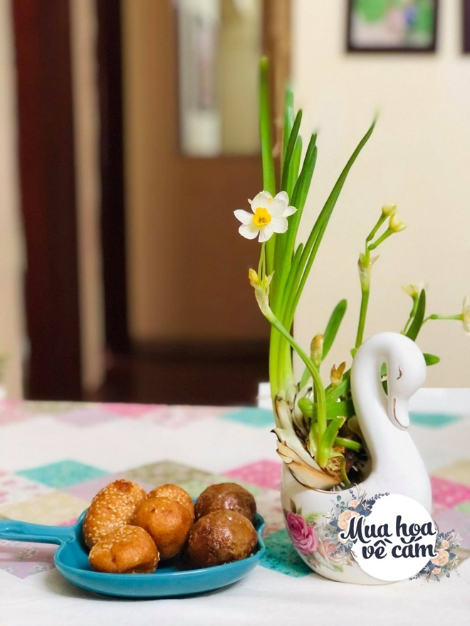 Mẹ Việt biến nhà rực sắc đón ngày 8/3, khoe muôn kiểu cắm hoa đẹp rụng rời - 19