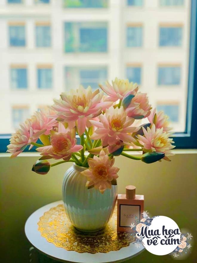 Mẹ Việt biến nhà rực sắc đón ngày 8/3, khoe muôn kiểu cắm hoa đẹp rụng rời - 5
