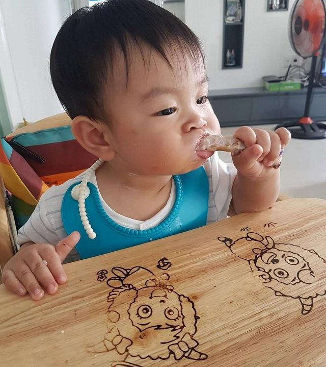 mẹ trẻ khéo tay làm món ăn dặm ngon, bé 17 tháng chưa từng chán ăn, tăng cân đều đều