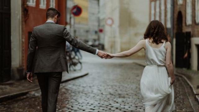 Truyện ngắn: Đừng cặp kè với ai thêm nữa, đợi đó, anh cưới em! - 4