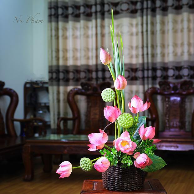 Cách cắm hoa sen đẹp, đơn giản