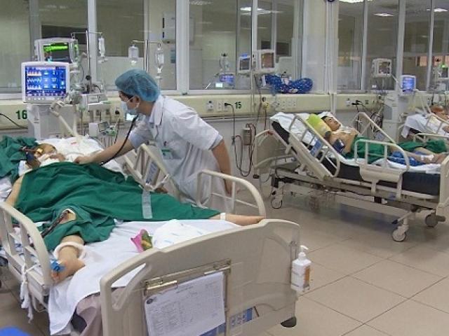Sau cơn sốt, đau đầu thai phụ nguy kịch vì mắc phải loại cúm lây qua cái hắt hơi
