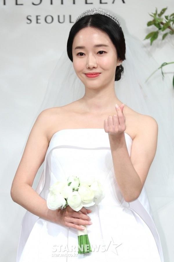 """dam cuoi lee jung hyun: hon le hot nhat hom nay vi dan khach moi """"khung"""" chua tung co - 6"""
