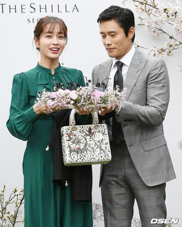 """dam cuoi lee jung hyun: hon le hot nhat hom nay vi dan khach moi """"khung"""" chua tung co - 8"""