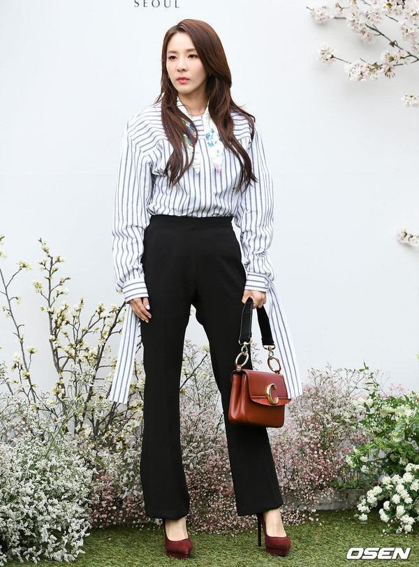 """dam cuoi lee jung hyun: hon le hot nhat hom nay vi dan khach moi """"khung"""" chua tung co - 15"""