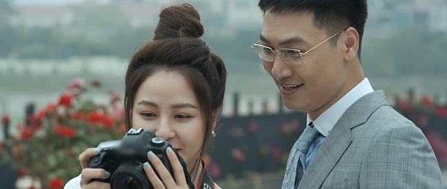 "hot girl tram anh vuong scandal day song hoa ra tung ""tha thinh"" trai dep bang cach... chup len - 4"
