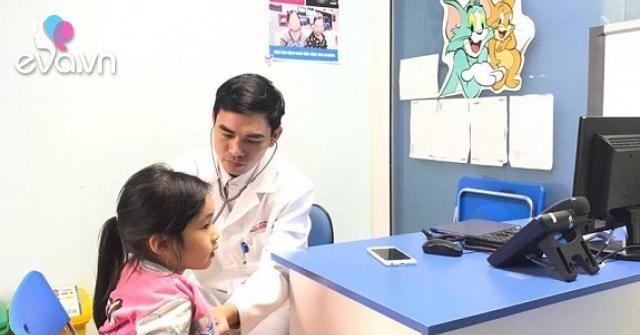 Bé gái 7 tuổi thiếu máu phải nhập viện, bác sĩ chỉ sai lầm nhiều mẹ mắc khi chăm con