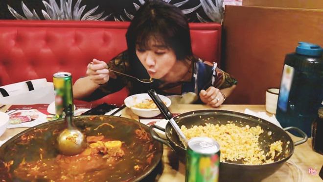 """hari won an """"thung noi troi re"""" mon lau dac biet cua han quoc: chuyen dau long it biet - 5"""