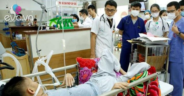 """Hàng triệu người Việt nghiện """"món"""" gây xơ gan, chảy máu dạ dày"""