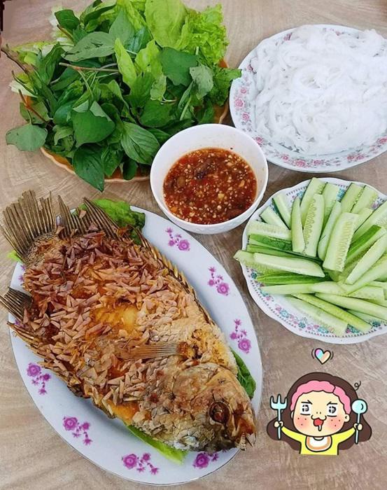 "tuan chi an com 2 bua, con lai vo dam nau bun, lau, pho nhung chong van ""chen"" ngon lanh - 5"