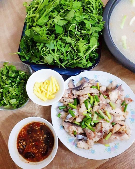 "tuan chi an com 2 bua, con lai vo dam nau bun, lau, pho nhung chong van ""chen"" ngon lanh - 7"