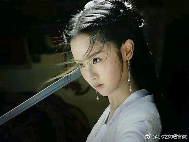 """khuon mat khong can xung, tieu long nu bi ly mac sau """"lan at"""" trong than dieu dai hiep 2019 - 4"""