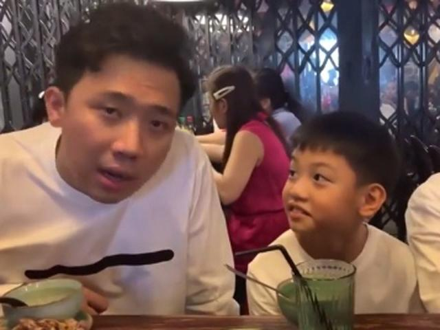 Con trai Hồ Ngọc Hà phỏng vấn Trấn Thành, câu cuối lại nhắn nhủ mẹ khiến ai cũng bất ngờ