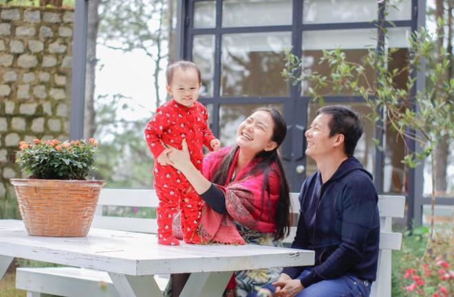 """le phuong, thuy tien duoc chong cong khai """"ninh not"""" nhung van chua bang nguoi dep nay - 15"""