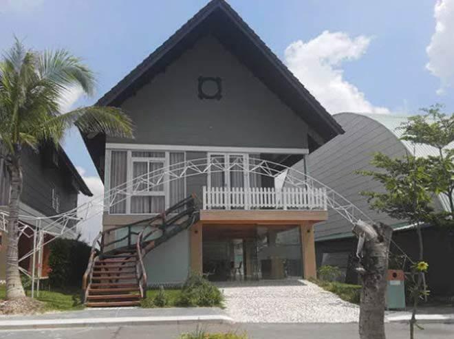 nhan vien resort ke ve loi song ky quac cua nhom nghi can giet nguoi roi do be tong - 1