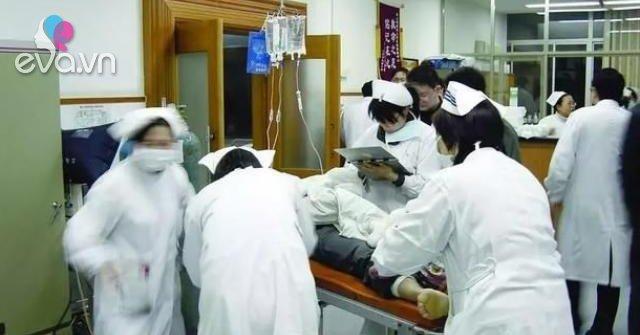 Ba người trong một gia đình phải vào viện cấp cứu sau khi dùng dầu ăn để lâu ngày