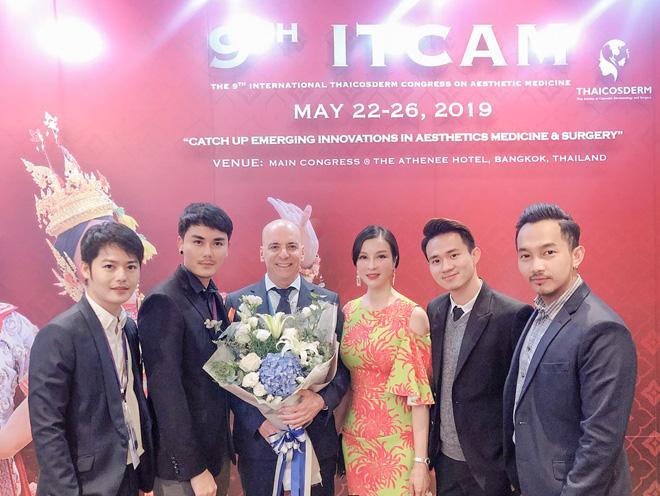 """tin """"chan dong"""" nganh tham my: dai dien viet nam thuyet trinh tai hoi nghi y khoa quoc te - 4"""
