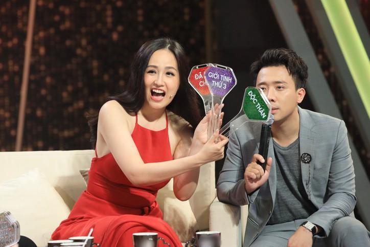 """dai gia nhu """"hoa hau hon nhien"""" mai phuong thuy, doi mua lai gameshow vi so """"que"""" truoc ca nuoc? - 4"""