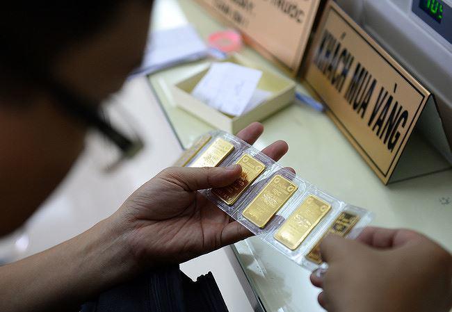 gia vang 04/6: vot len muc ky luc trong 3 thang, tang gan 500.000 dong/luong - 1