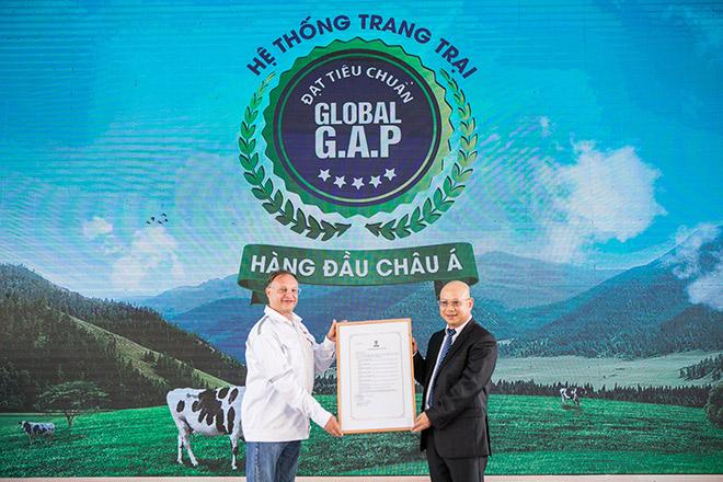 Dấu ấn mang tên Vinamilk trong phát triển ngành chăn nuôi bò sữa công nghệ cao Việt Nam - 3
