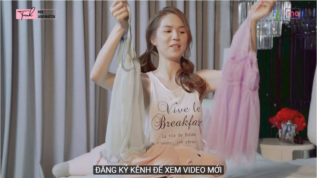 """sau bo vay ho hang, ngoc trinh lai gay song gio voi pyjama """"khong tien thi cap dat ma an"""" - 4"""