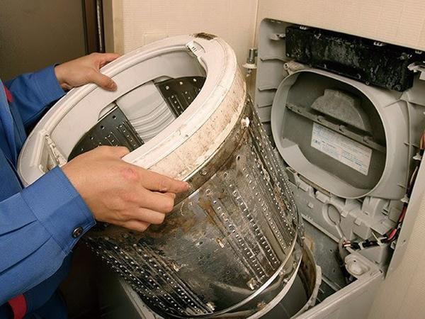 6 sai lầm nhiều nhà mắc khiến máy giặt hỏng lên hỏng xuống, tốn điện hơn điều hòa - 5