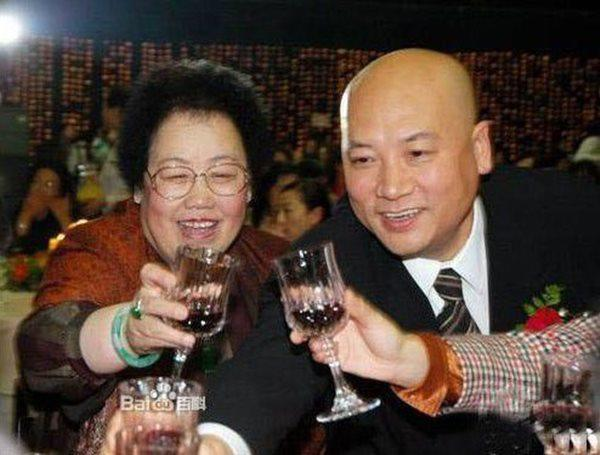 """lay nu ty phu gia hon 11 tuoi, """"duong tang"""" cuoi doi song nhu ong hoang du """"an bam"""" vo - 5"""