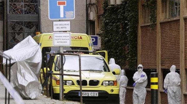 COVID-19 ngày 3/4: Số ca nhiễm toàn cầu vượt mốc 1 triệu, Pháp có một ngày tang thương