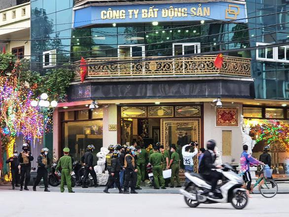 """tin tuc 24h: choang voi thu an choi """"dot tien"""" cua nu dai gia duong duong vua bi bat - 1"""