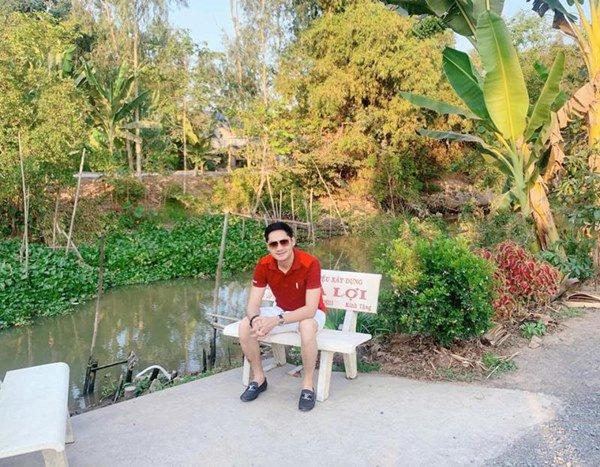 Showbiz đóng băng, Minh Luân bỏ phố về quê cải tạo nhà vườn rộng 3.000m2 - 10