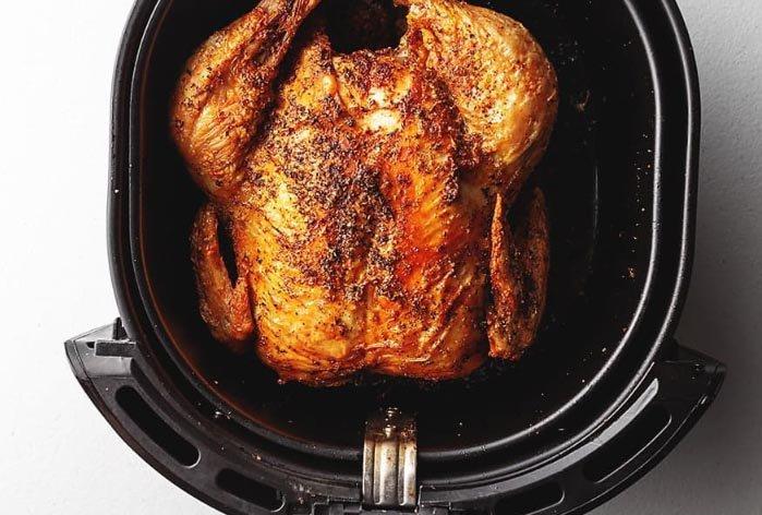 Gà nướng muối ớt ngon, da giòn với cách làm đơn giản tại nhà - 9