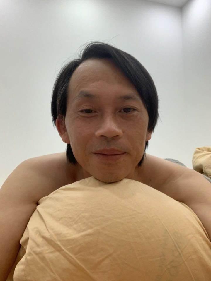 "den nhem lo dien, hoai linh tu ""boc phot"" ban than va man livestream ban hang cuoi non ruot - 4"
