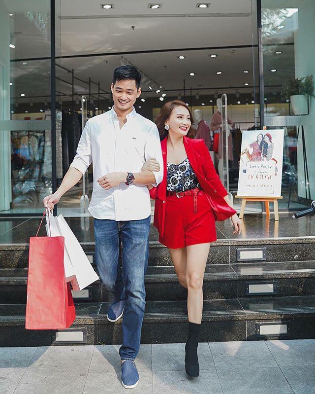 len song mac du kieu vay ao,nhung cu ben chong, bao thanh chi dien moi style co vo xi tin - 7