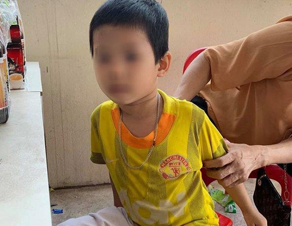 """bo de bo roi con trai 5 tuoi tai toa an kem dong chu: """"toi khong de, toi khong nuoi"""" - 1"""