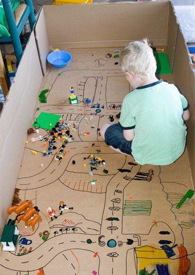 Tận dụng đồ bỏ đi trong nhà làm 5 đồ chơi cực thú vị cho bé - 3
