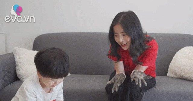 Thí nghiệm thú vị khiến các bé thích thú với việc rửa tay được các mẹ chia sẻ rầm rộ