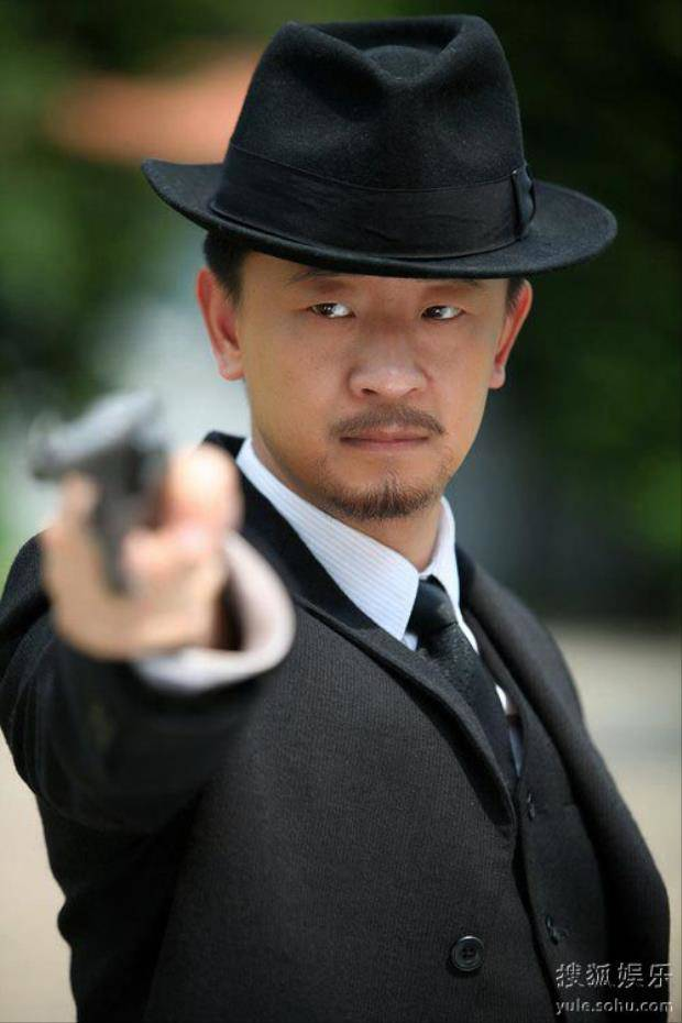 """tinh dich"" cua huynh hieu minh: tung quan sau scandal mua dam, song bang luong it oi cua cha - 9"