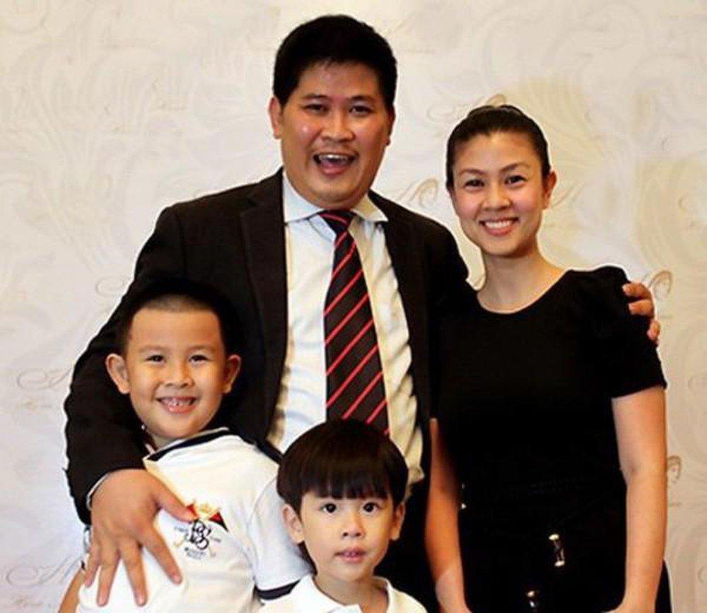 8 năm sau ly hôn: Phước Sang né tránh tin có vợ mới, Kim Thư vất vả nuôi 2 con - 1