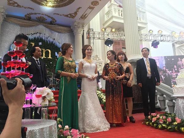 Cô dâu được mẹ chồng tặng quà cưới 100 cây vàng 4 năm trước giờ ra sao?